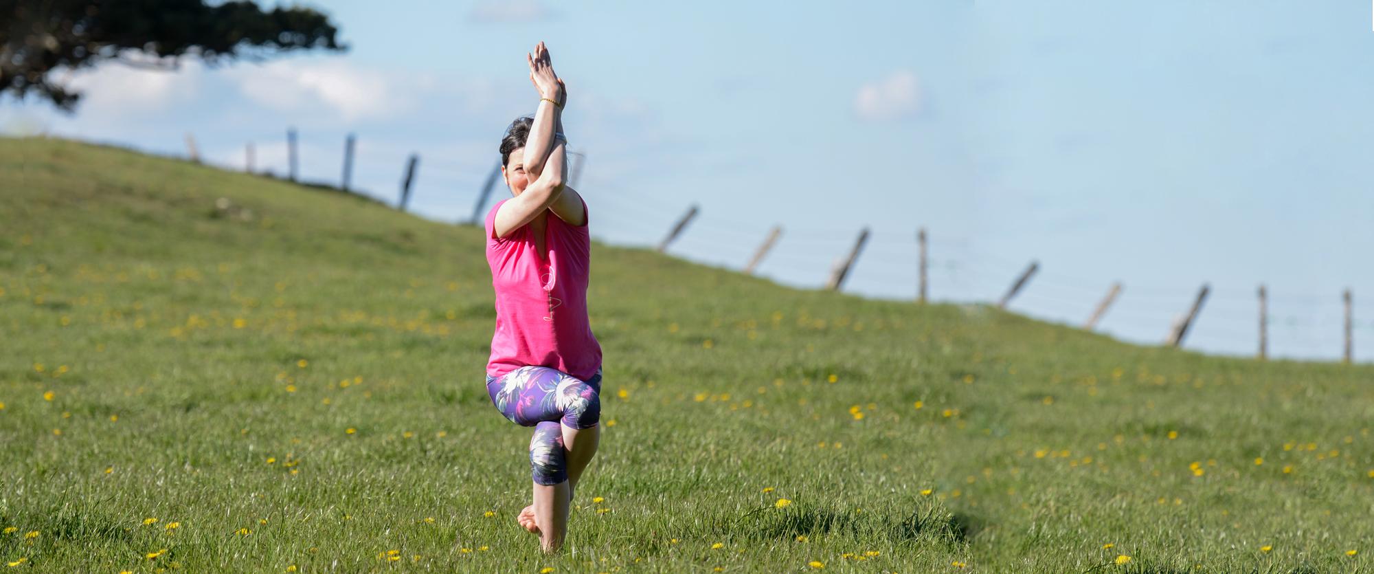 posture-viva-yoga-slider3